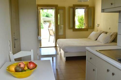 Glaros Apartments A