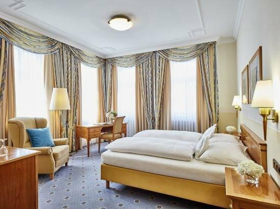 Allee-Hotel Garni