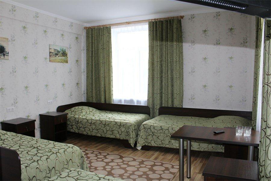 как фото администраторов гостиницы буг брест шевелюры при