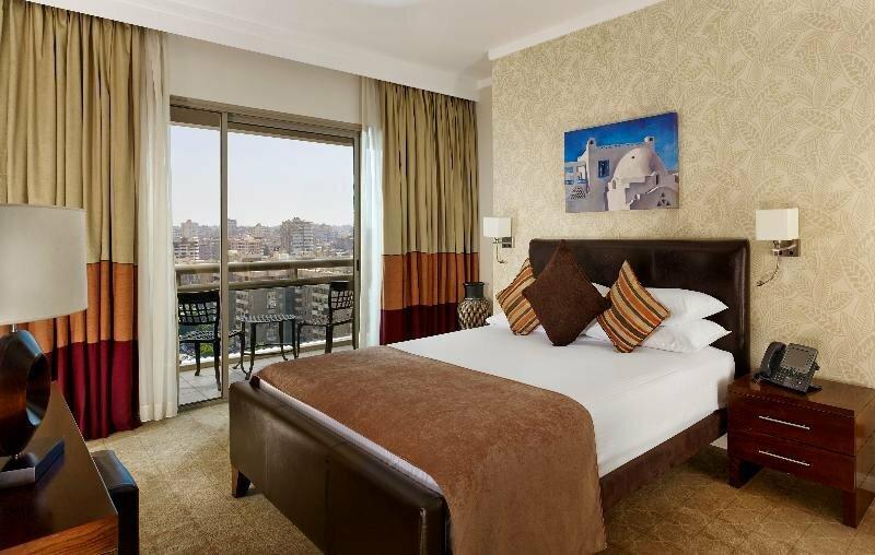 Staybridge Suites Cairo - Citystars