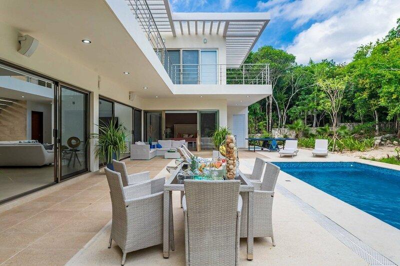 Private Studio with a Luxury Feel Living in Bahia Principe