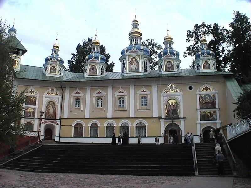 монастырь — Свято-Успенский Псково-Печерский монастырь — Печоры, фото №6
