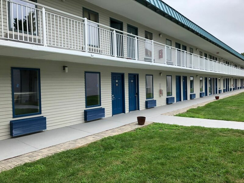 Whaler Inn and Suites