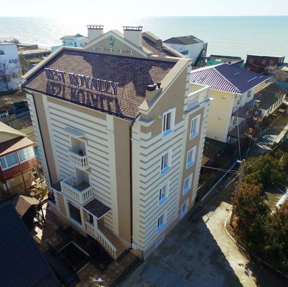 гостиница — Hotel Rest Royally — Саки, фото №1