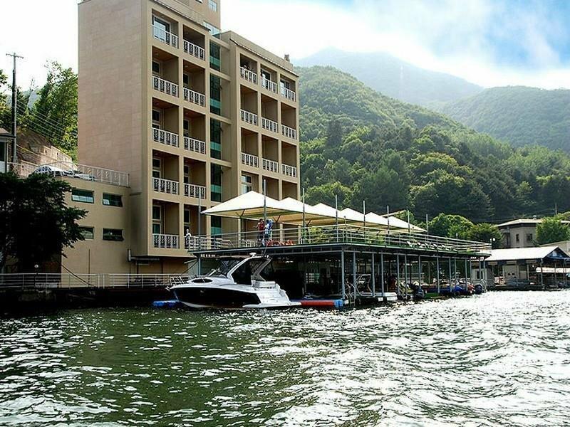 Gapyeong Riverville Pension