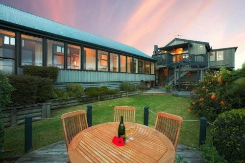 Waiheke Island Tawa Lodge Adults Only