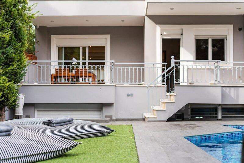 Grand Riviera Villa