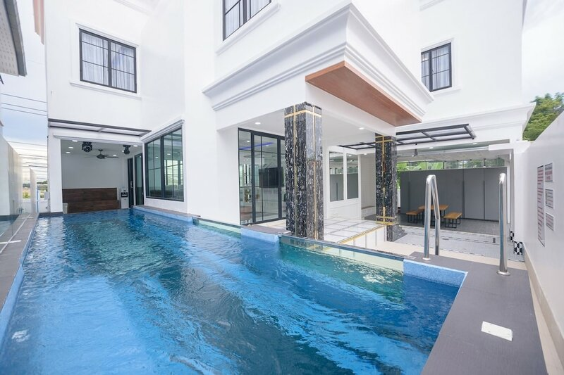 3Bd Pool Villa Pattaya with Sauna - Exquisite Pool Villa B