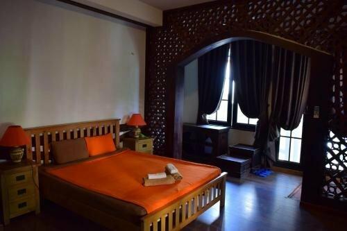 Hnam Chang Ngeh Hospitality training center, guest house, restaurant & bar