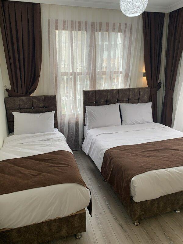 Dos Hermanos Hotel