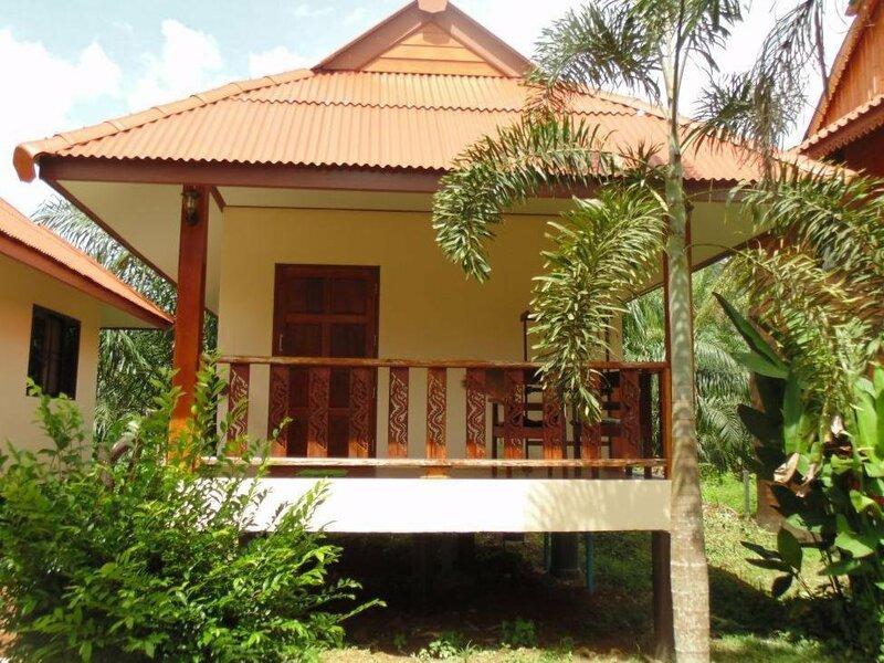 Nung House Khao Sok