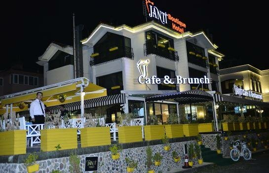 Janti Boutique Hotel & Cafe Brunch