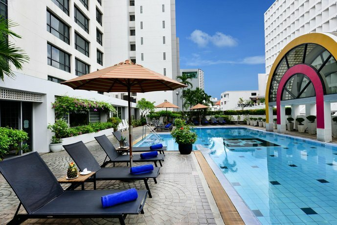 Отель BelAire Bangkok