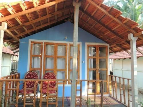 Om Sai Parvati Beach Resort
