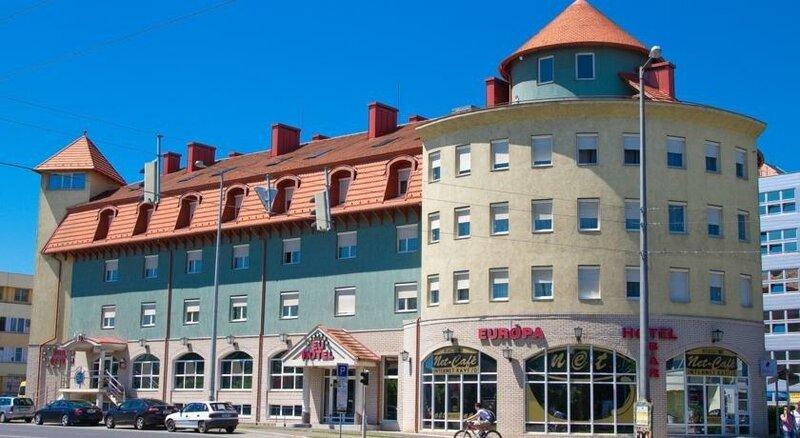 Europa Hotel És Étterem