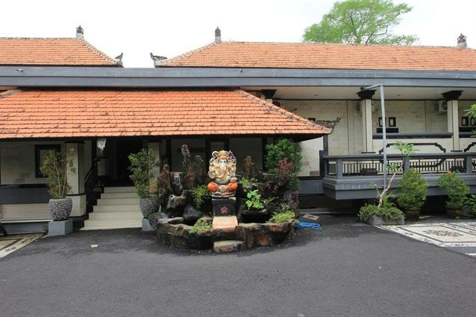 RedDoorz Near Taman Ayun Mengwi