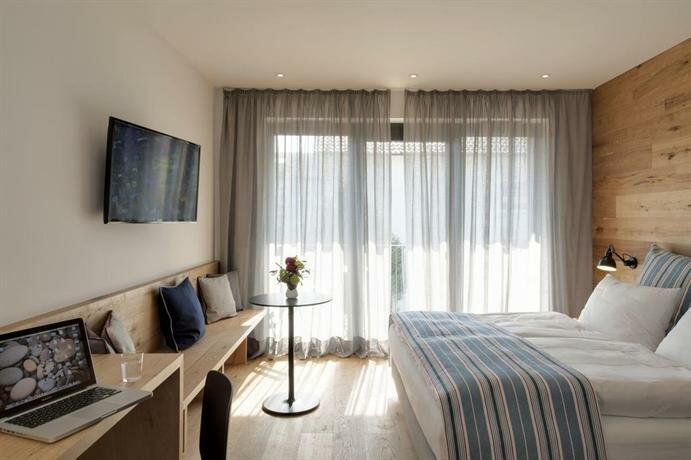 Hotel M120
