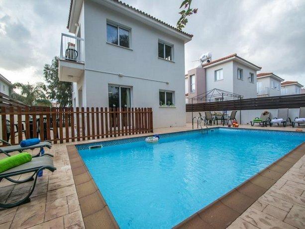 Pernera Sea Holiday Villa