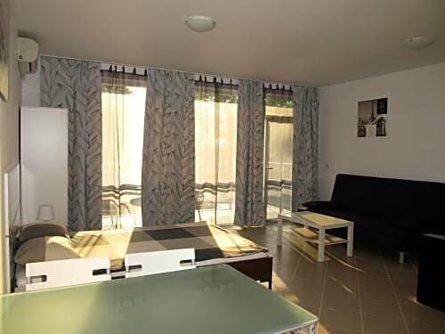 Апарт-отель Cote D'Azure