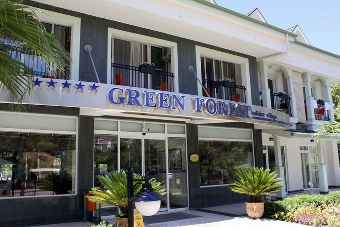 Green Forest Holiday Village