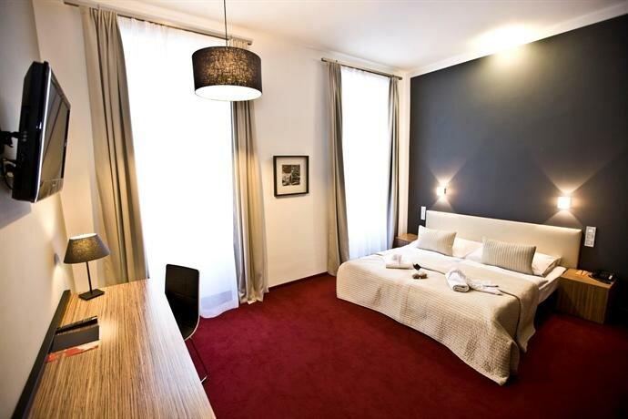Отель Noir