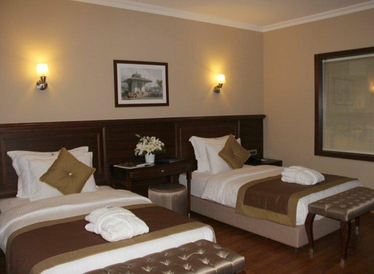Lamartine Hotel