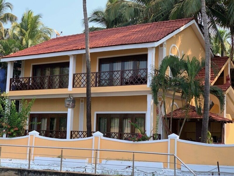Casa Candolim Beach Front