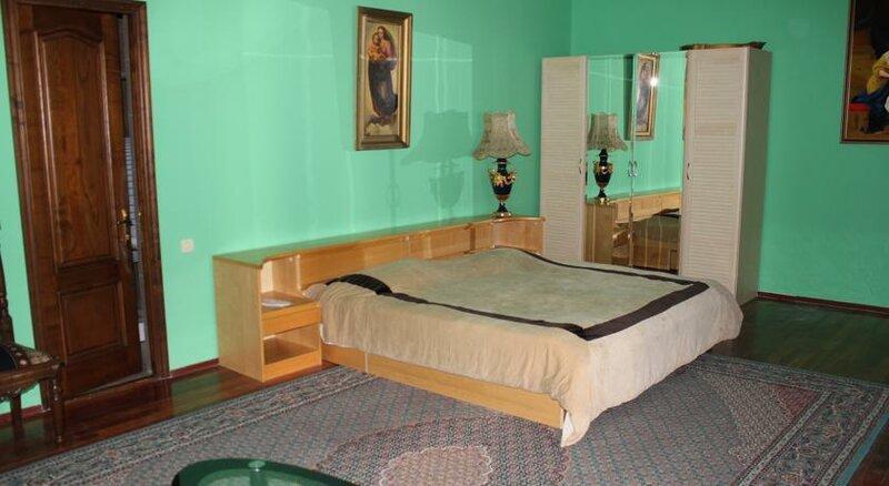 Hotel Queen-Batumi