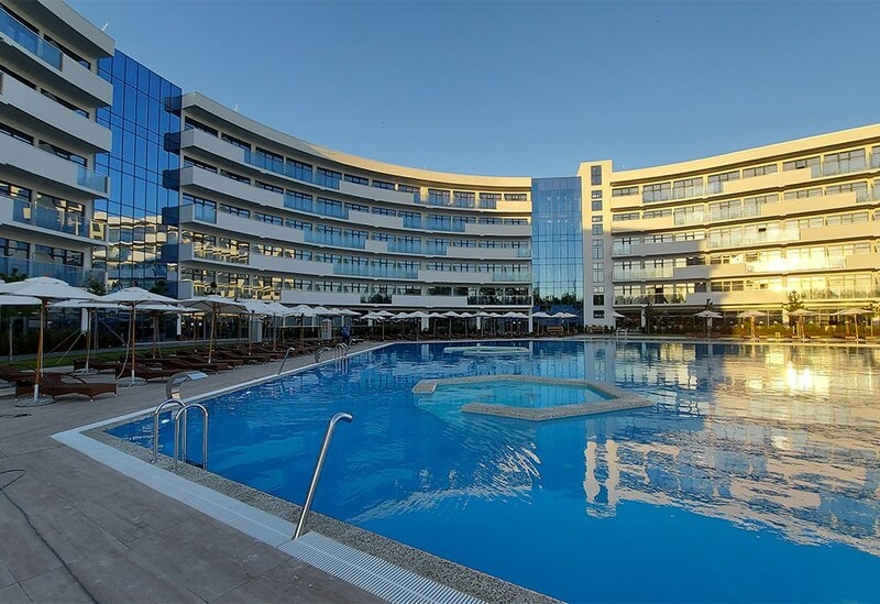 Great Eight Ultra All Inclusive & SPA 5 in Miracleon