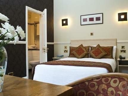 Upton Park Hotel