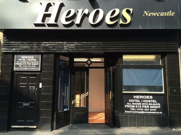 Heroes Hotel - Hostel