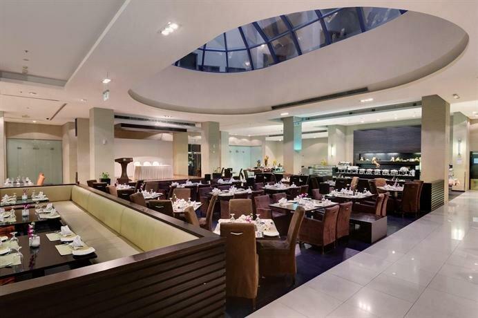Lotus Grand Hotel Apartments Dubai