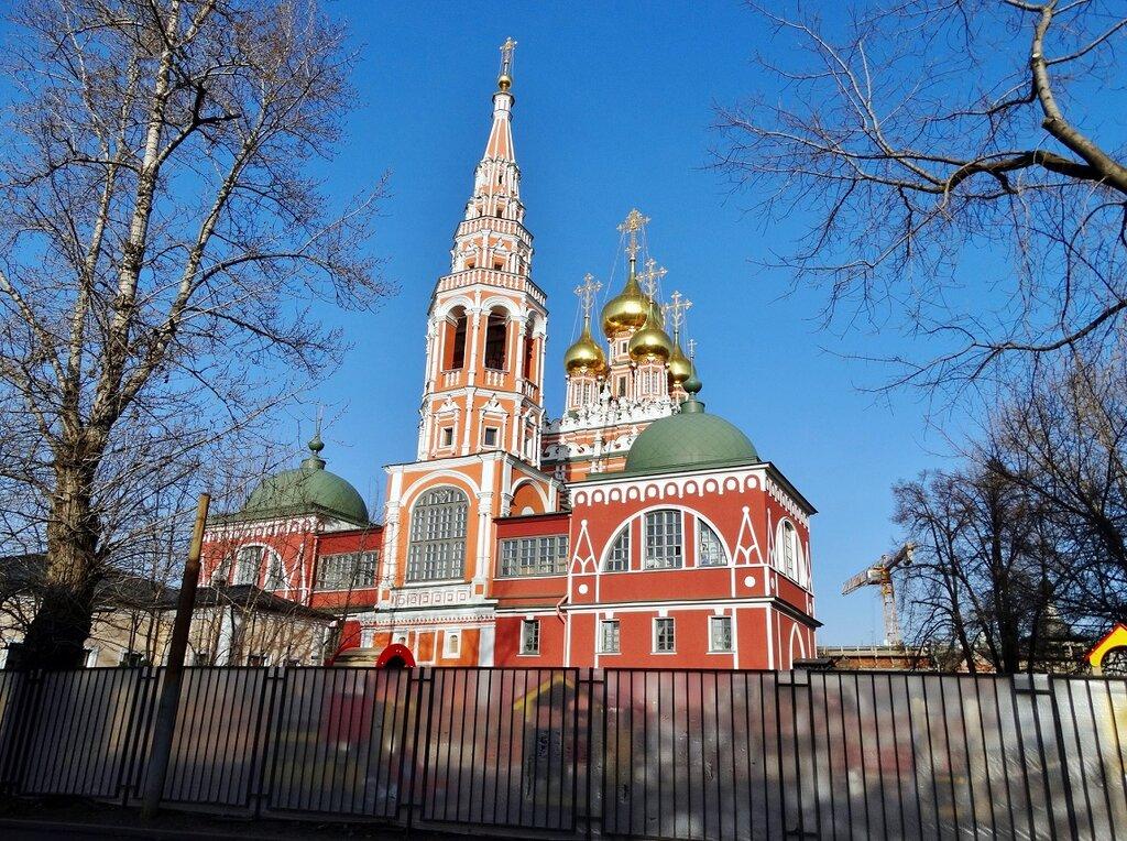 православный храм — Храм Воскресения Христова в Кадашах — Москва, фото №1