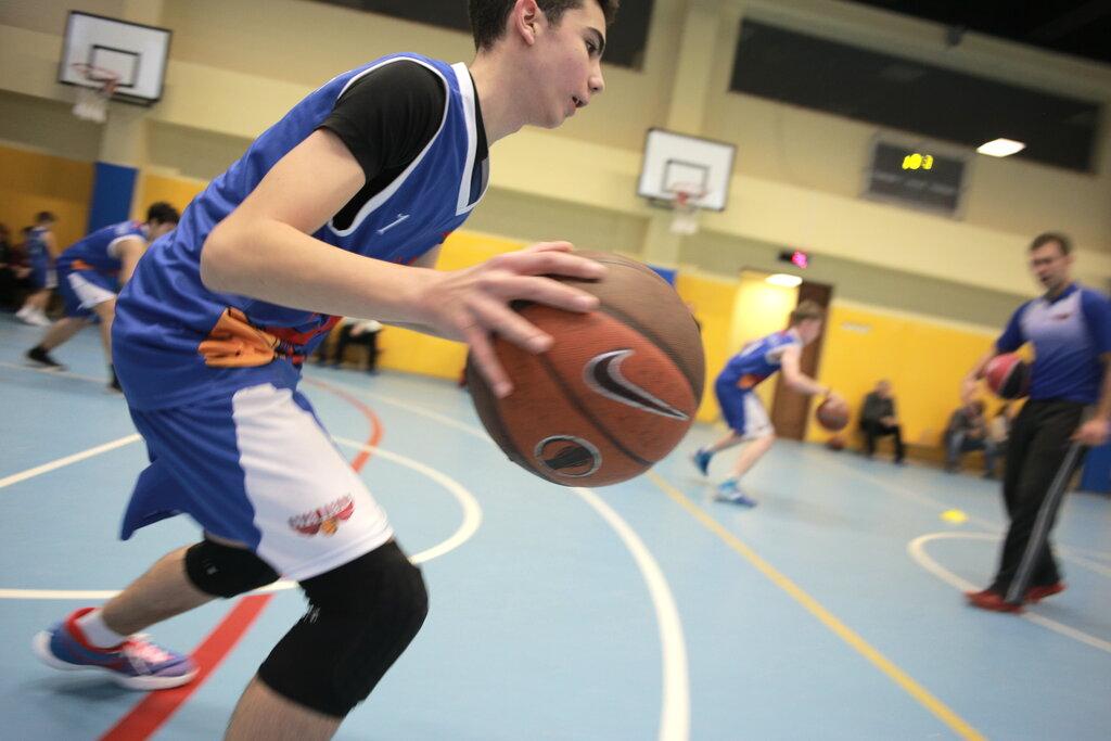 Баскетбольный клуб москва для подростков крейзи дейзи клуб на сретенке москва