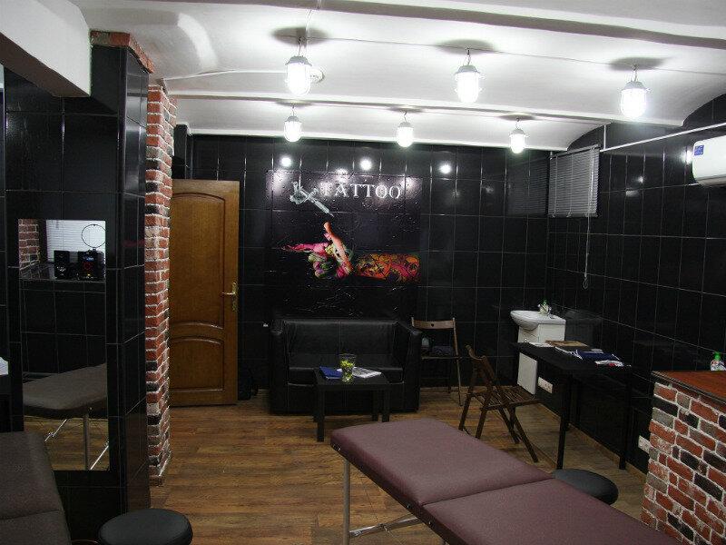 тату-салон — Тату салон Анатомия — Москва, фото №1