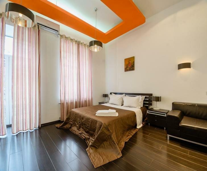Апартаменты на Саксаганского 12