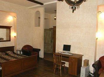 готель — Kostelna Antique — Київ, фото №1