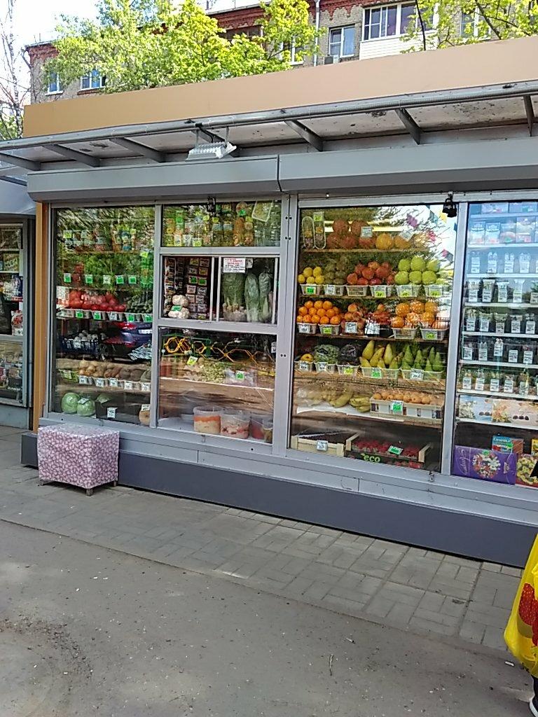 фотонная витрина фруктовая в киоске фото карамельно-шоколадной