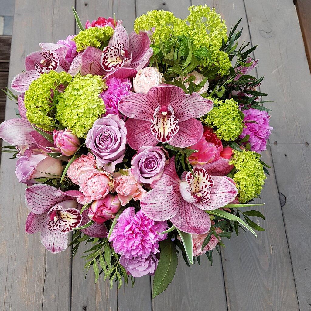 Цветов бисера, цветы и букеты невский