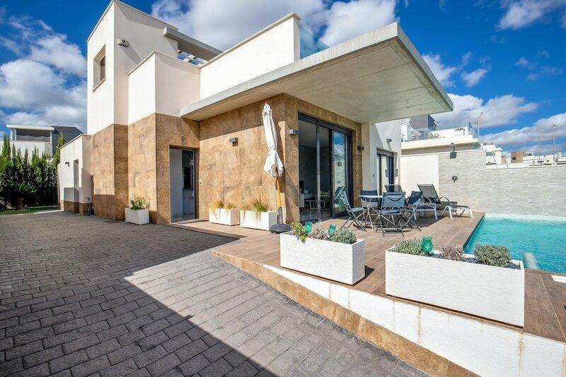 Villa With 2 Bedrooms in San Miguel de Salinas, With Wonderful sea View, Private Pool, Enclosed Garden