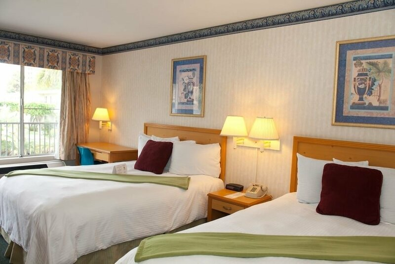 Bay Inn and Suites at Seaworld