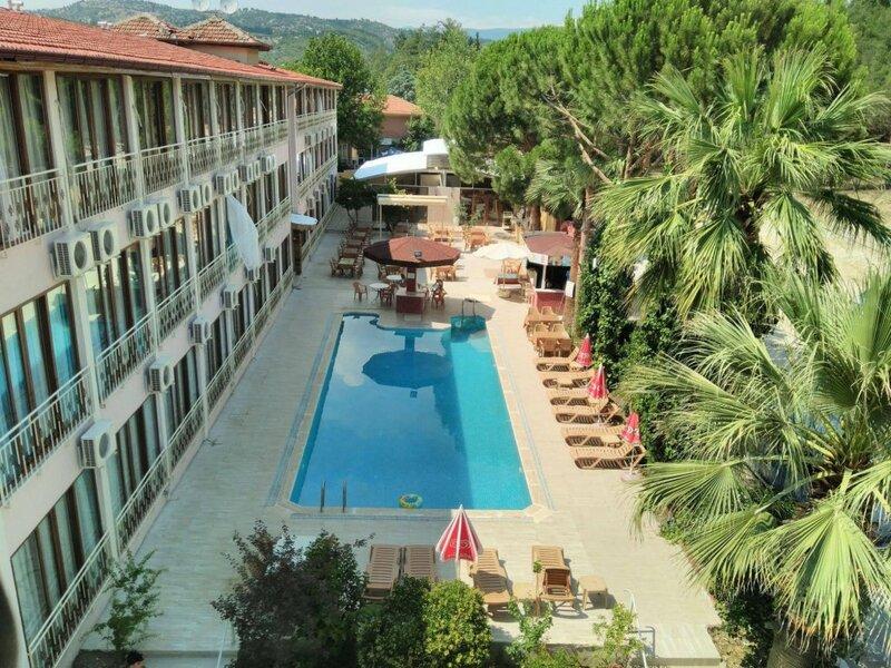 Oskar Thermal Hotel