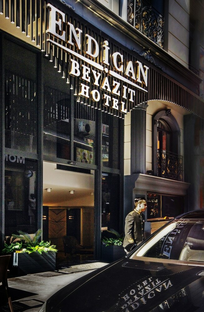 otel — The Newport Hotel — Fatih, photo 1