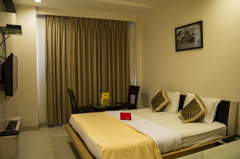 Shree Palace Hotel