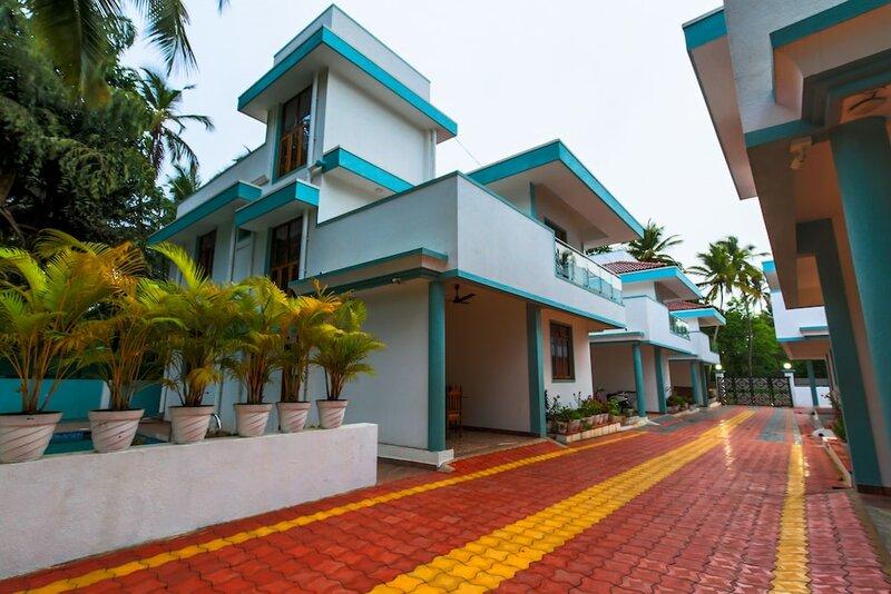 Meera Motels & Residency