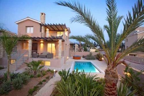 Villa Saraliana Sandy Beach Villas