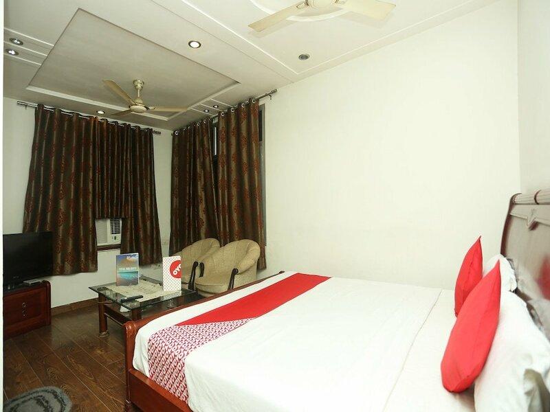 Oyo 18429 Hotel Sai President