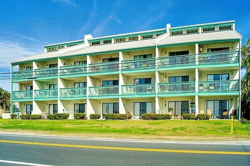 Emerald Shores Resort 2001 - 627850