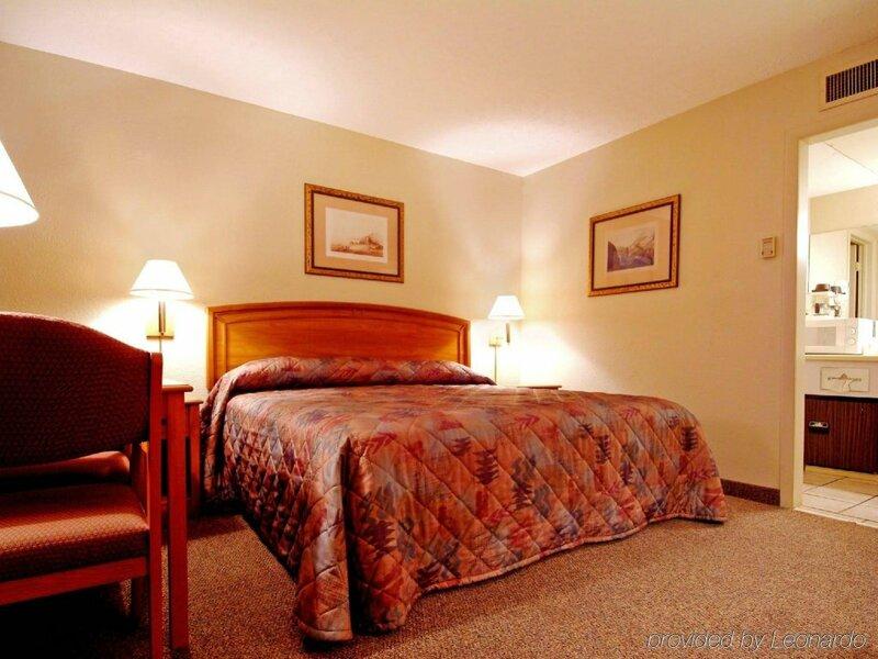 Will Rogers Magnuson Hotel