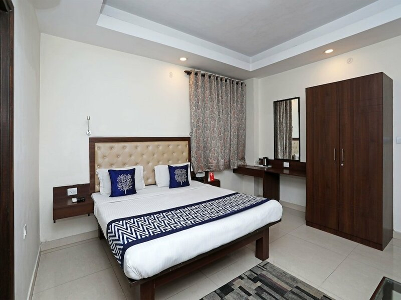 Oyo Rooms Vikrant Khand